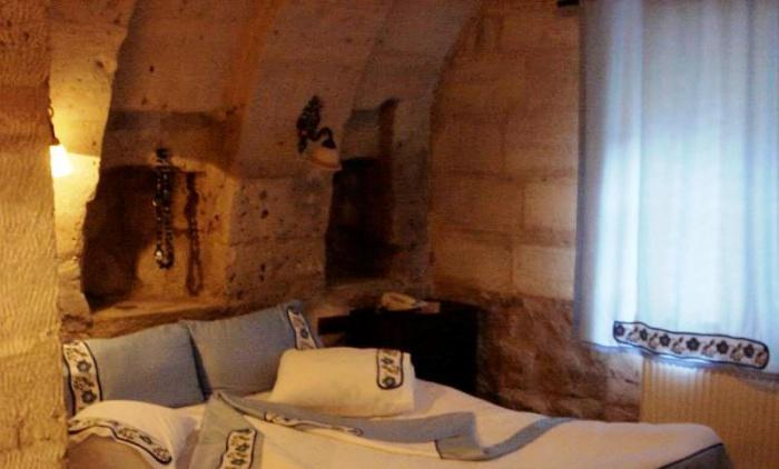 Garimasu Cave Hotel by Riyaad Minty