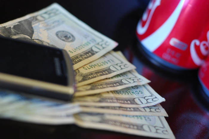 Cell phone Money and Coke by espensorvik