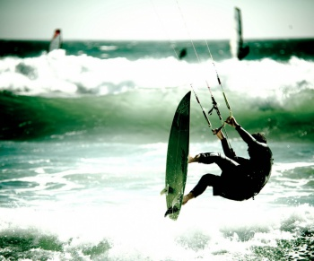 Kitesurfing by Chris Willis