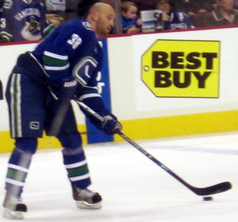 Pavol Demitra playing for Vancouver Canucks