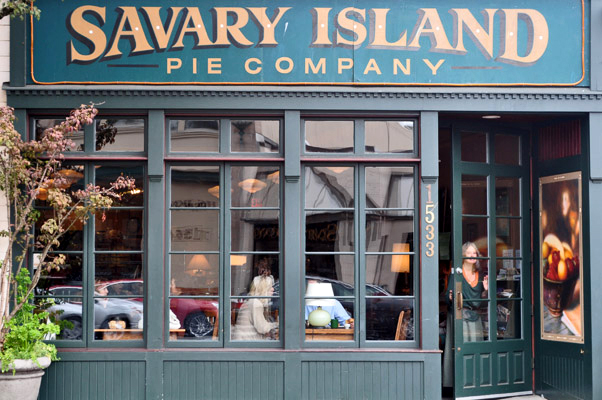 Savary Island Pie Company Exterior