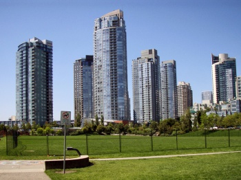 Vancouver by Daniel Lobo