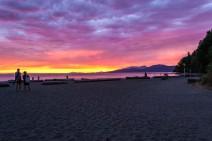 Sunset-Wreck-Beach-