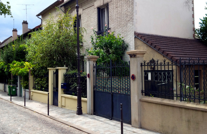 Cottage Style Paris Homes