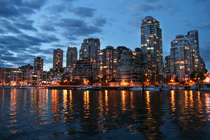 Vancouver by Apostis