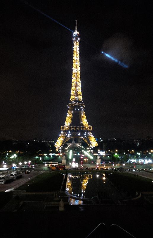 Eiffel-Tower-Shot-at-Night