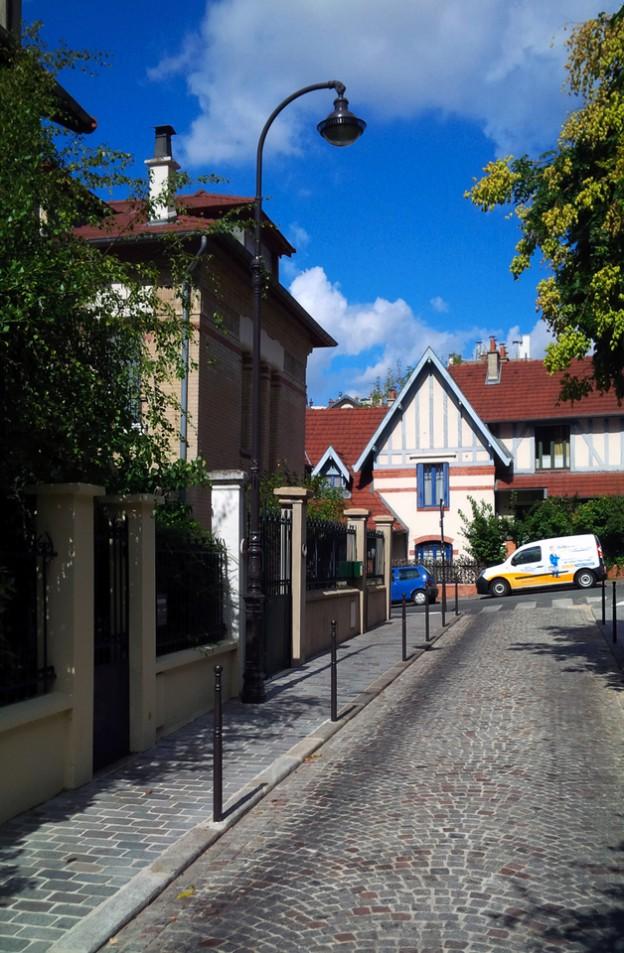 Paris Homes | Quiet Street