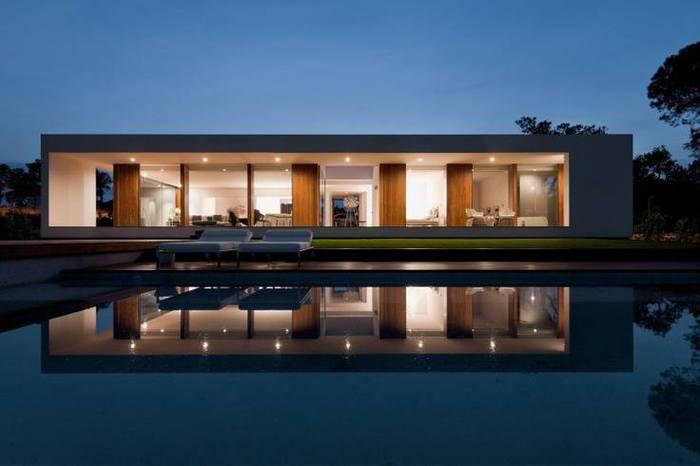 Villa Indigo by Josep Camps and Olga Felip