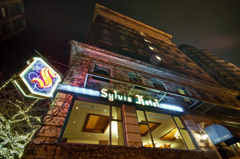 Sylvia Hotel in Vancouver