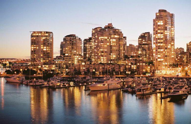 Vancouver city lights by Aleksander