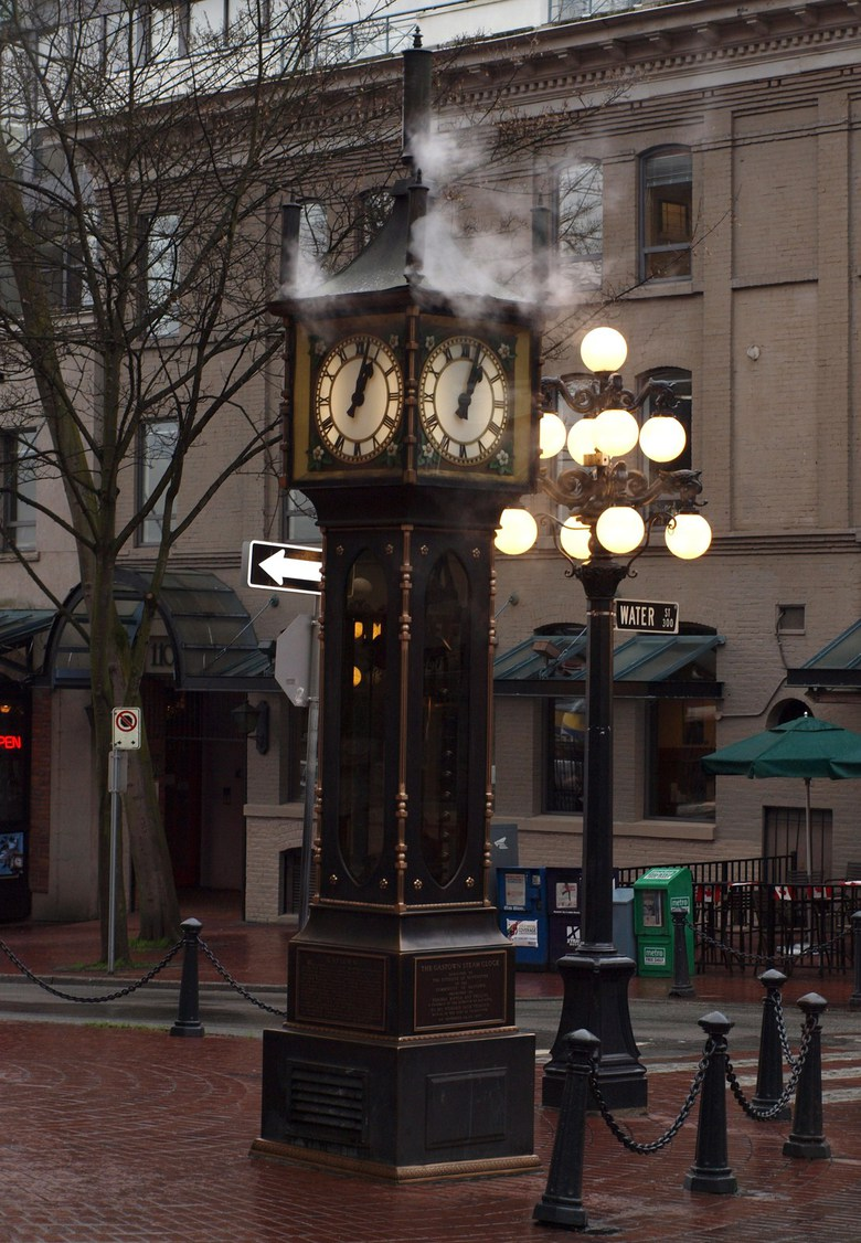 Gastown Steam Clock by Jon Wick