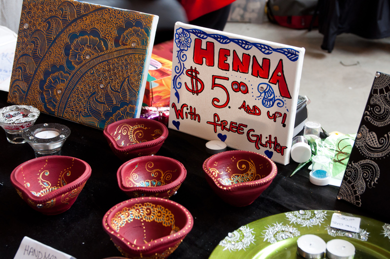 7Henna painting at the X Pressions Esthetique stand
