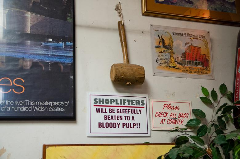 11 Shoplifter Warning