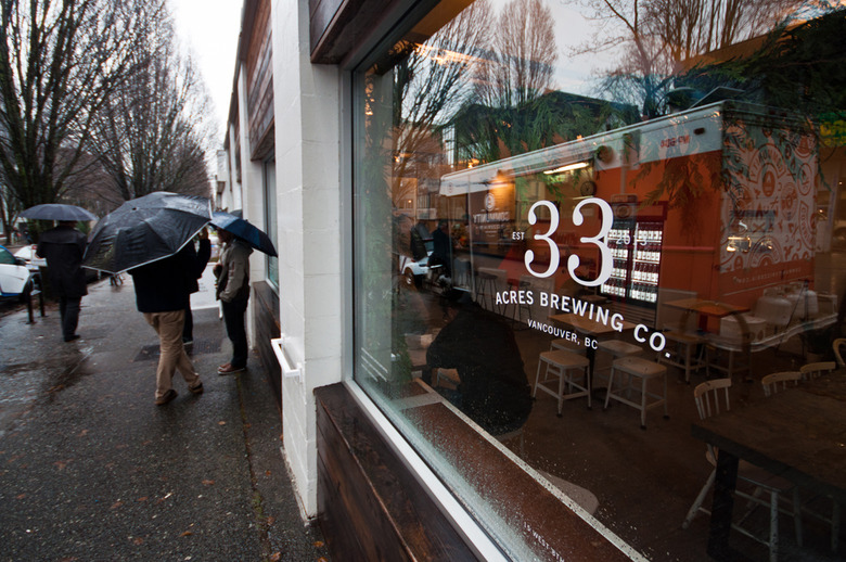 8 33 Acres Brewing Storefront
