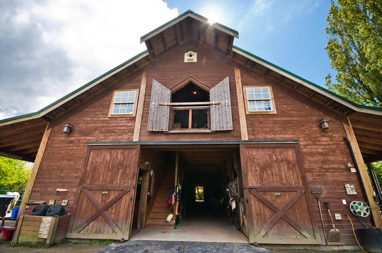2 The Barn