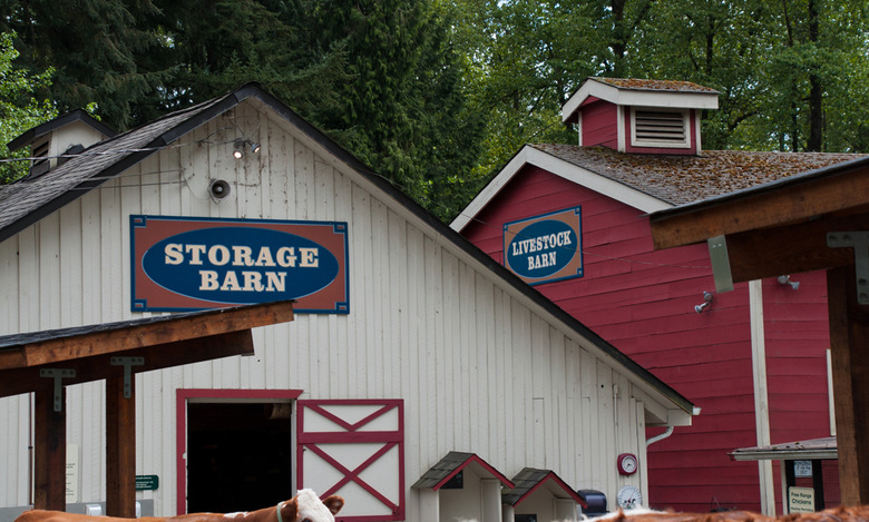 6 The storage barn and livestock barn