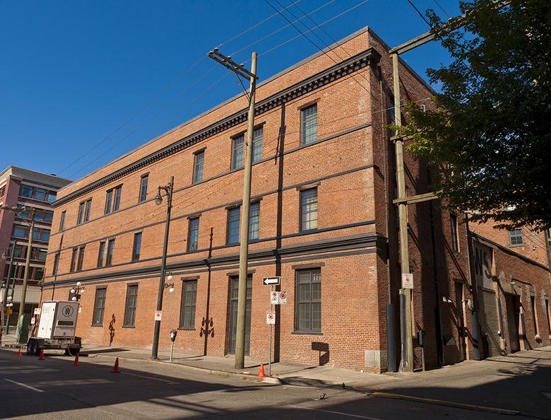3 Oppenheimer Building3