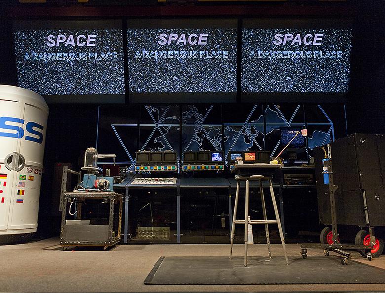 11 HR MacMillan Space Centre