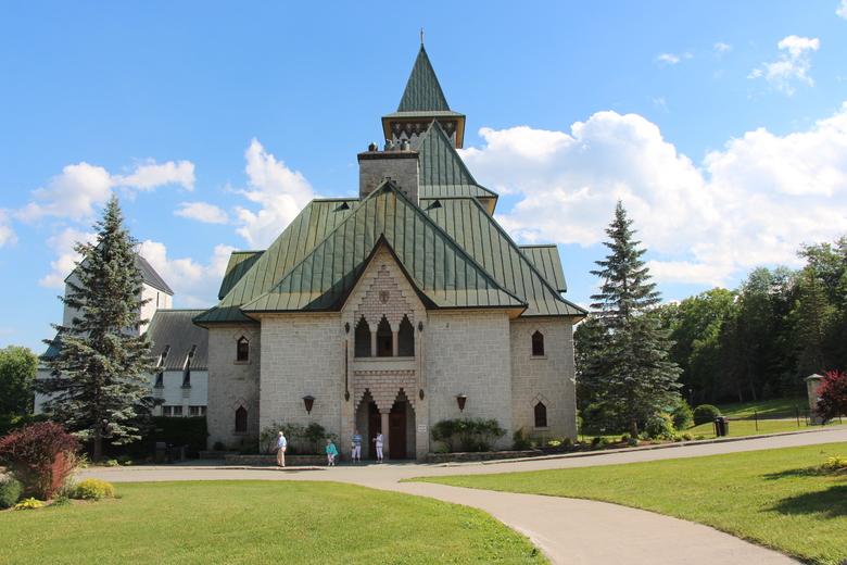L'Abbaye Beniot sur du Lac
