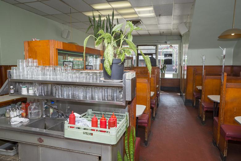 Ovaltine Cafe 14