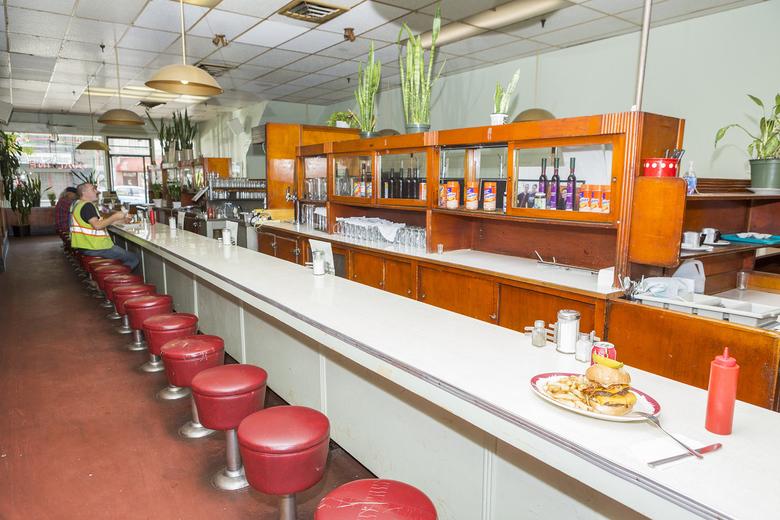 Ovaltine Cafe 4