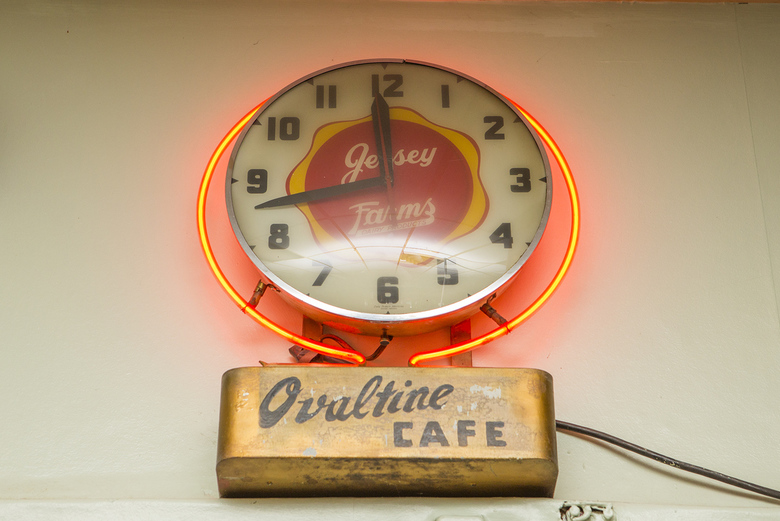 Ovaltine Cafe 5