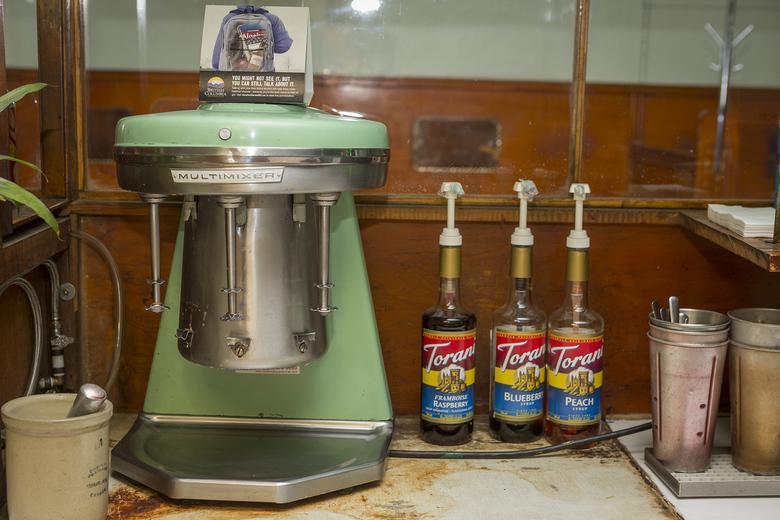Ovaltine Cafe 7