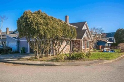 9737 ASHWOOD DRIVE - Richmond Central - Garden City