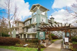 25 7428 SOUTHWYNDE AVENUE - Burnaby South - South Slope