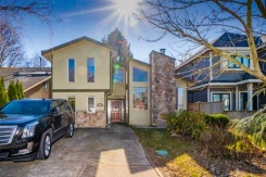 4324 PETERSON DRIVE - Richmond West - Boyd Park