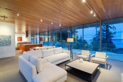4055 MARINE DRIVE - West Vancouver North - Sandy Cove