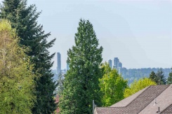 496 DRAYCOTT STREET - Coquitlam - Central Coquitlam