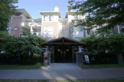 315 6888 SOUTHPOINT DRIVE - Burnaby South - South Slope