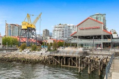TH17 188 E ESPLANADE STREET - North Vancouver Central - Lower Lonsdale