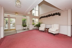 108 5565 BARKER AVENUE - Burnaby South - Central Park BS