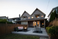 335 E 11TH STREET - North Vancouver Central - Central Lonsdale