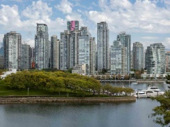 15 1201 LAMEY'S MILL ROAD - Vancouver Westside North - False Creek