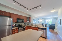 20 55 HAWTHORN DRIVE - Port Moody - Heritage Woods PM