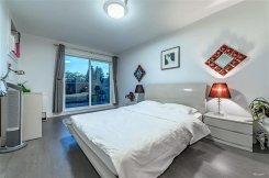 3 2358 WESTERN AVENUE - North Vancouver Central - Central Lonsdale