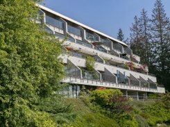 20 2250 FOLKESTONE WAY - West Vancouver Central - Panorama Village
