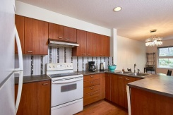 17 188 SIXTH STREET - New Westminster - Uptown NW