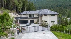 1045 HERON WAY - Port Moody - Anmore