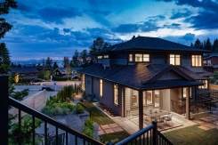 286 MONTERAY WAY - North Vancouver Central - Upper Delbrook