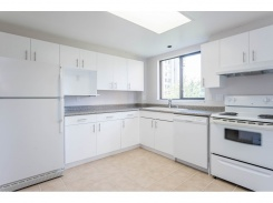 803 6282 KATHLEEN AVENUE - Burnaby South - Metrotown