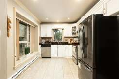 7012 GRIFFITHS AVENUE - Burnaby South - Highgate