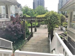 401 3638 RAE AVENUE - Vancouver East - Collingwood VE