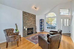 22191 GARRATT DRIVE - Richmond East - Hamilton RI