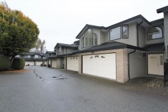 26 22488 116 AVENUE - Maple Ridge - East Central