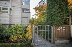 12 3250 W 4TH AVENUE - Vancouver Westside North - Kitsilano