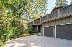 4620 WOODBURN ROAD - West Vancouver North - Cypress Park Estates